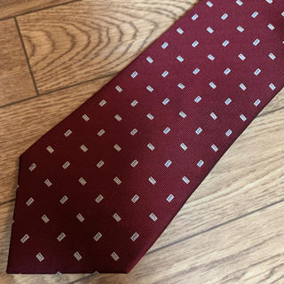 ネクタイ 赤