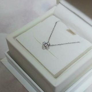 4℃ - 新品同様 4℃ Pt850 ダイヤモンド ネックレス クロス クロスモチーフ