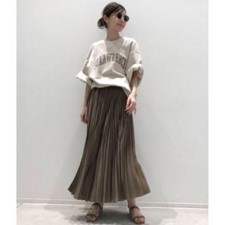 アパルトモンドゥーズィエムクラス(L'Appartement DEUXIEME CLASSE)のタグ付き新品◆ L'Appartement Pleats Skirt ベージュ(ロングスカート)
