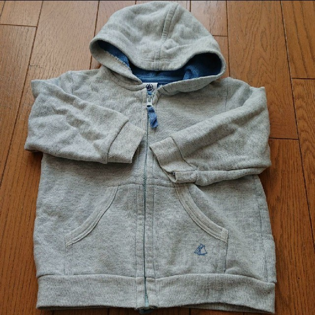 PETIT BATEAU(プチバトー)のパーカー プチバトー 80cm キッズ/ベビー/マタニティのベビー服(~85cm)(トレーナー)の商品写真