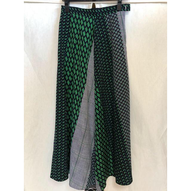 BEAUTY&YOUTH UNITED ARROWS(ビューティアンドユースユナイテッドアローズ)のユナイテッドアローズ  マルチプリントラップスカート レディースのスカート(ロングスカート)の商品写真