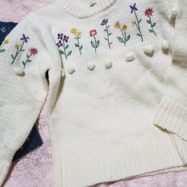 SunnyLandscape(サニーランドスケープ)のアプレレクール♥️姉妹お揃いセーター刺繍ポンポン キッズ/ベビー/マタニティのキッズ服女の子用(90cm~)(ニット)の商品写真