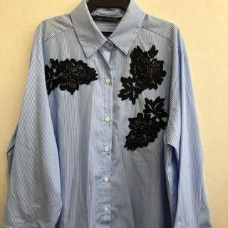 ZARA - ZARA  ビジュー付き ストライプシャツ