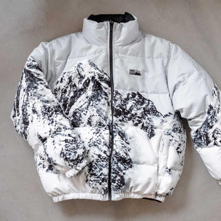 Supreme - FIRST DOWN 雪山 Down Jacket ダウンジャケットweber