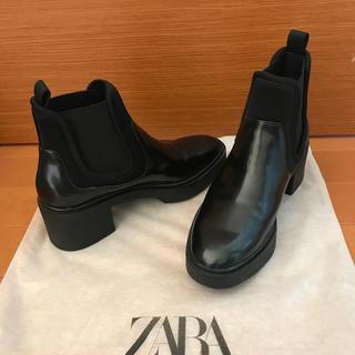 ZARA - ZARAショートブーツ