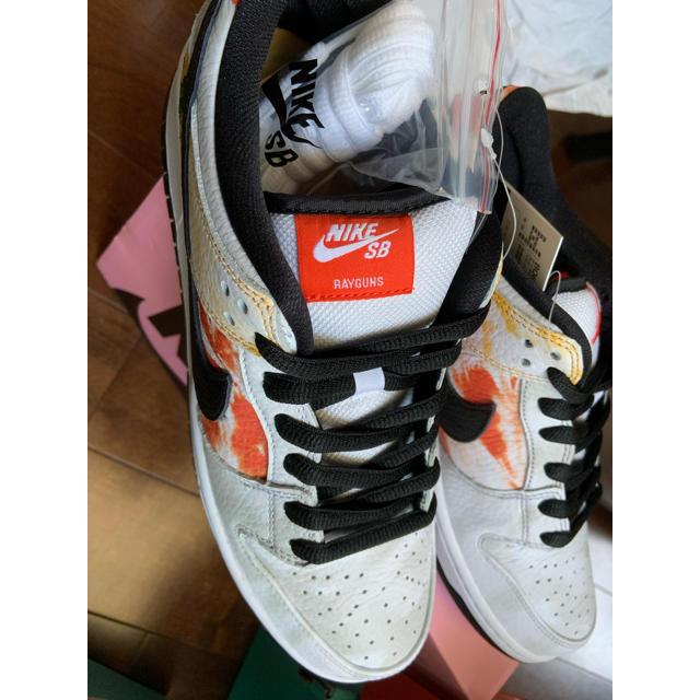 NIKE(ナイキ)のDUNK SB ロズウェルレイガンズ 27.0  新品 メンズの靴/シューズ(スニーカー)の商品写真