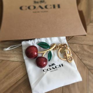 COACH - コーチ さくらんぼチャーム