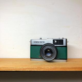 オリンパス(OLYMPUS)のOLYMPAS TRIP35【green】整備品、完動品、キャップ(フィルムカメラ)