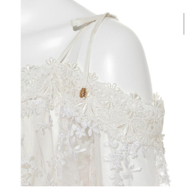 Lily Brown(リリーブラウン)の大幅お値下げ‼︎リリーブラウン  レースオフショルワンピース ホワイト レディースのワンピース(ロングワンピース/マキシワンピース)の商品写真