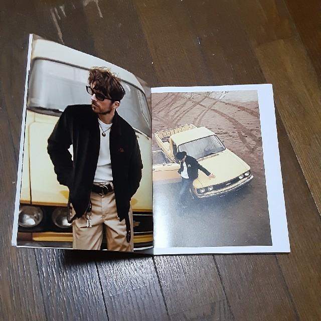 CALEE(キャリー)のCALEE 2011 AUTUMN WINTER COLLECTION カタログ エンタメ/ホビーの雑誌(ファッション)の商品写真