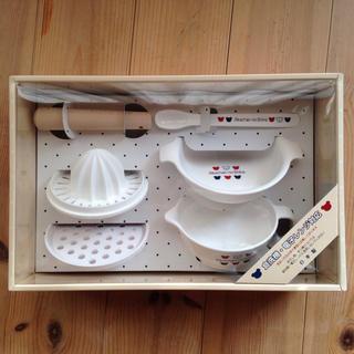 赤ちゃんの城 食器
