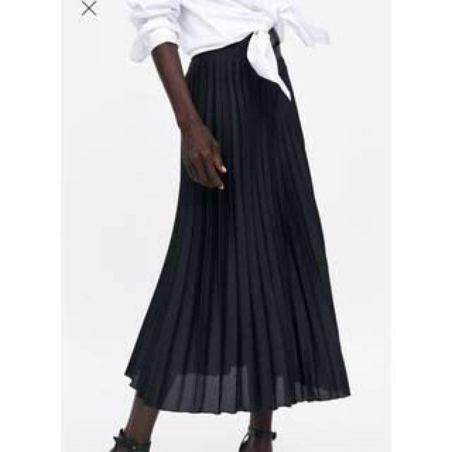 ZARA(ザラ)のZARAプリーツスカート レディースのスカート(ロングスカート)の商品写真
