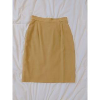 ケービーエフ(KBF)のBASILE28 タイトスカート yellow vintage(ひざ丈スカート)