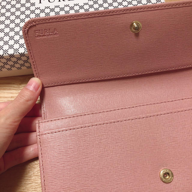Furla(フルラ)の【お値下げ!】FURLA 長財布 ピンク レディースのファッション小物(財布)の商品写真