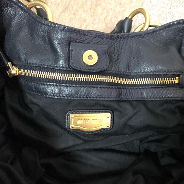 miumiu(ミュウミュウ)のミュウミュウ ハンドバッグ トートバッグ 黒 ブラック レディースのバッグ(トートバッグ)の商品写真