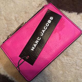 マークジェイコブス(MARC JACOBS)のマークジェイコブス ピンク キーリング付きパスケース(パスケース/IDカードホルダー)