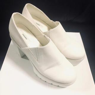 マウジー(moussy)のmoussy 厚底 シャークソール 美品(ローファー/革靴)