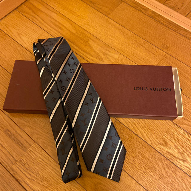LOUIS VUITTON(ルイヴィトン)のLOUIS VUITTON  ネクタイ モノグラム メンズのファッション小物(ネクタイ)の商品写真