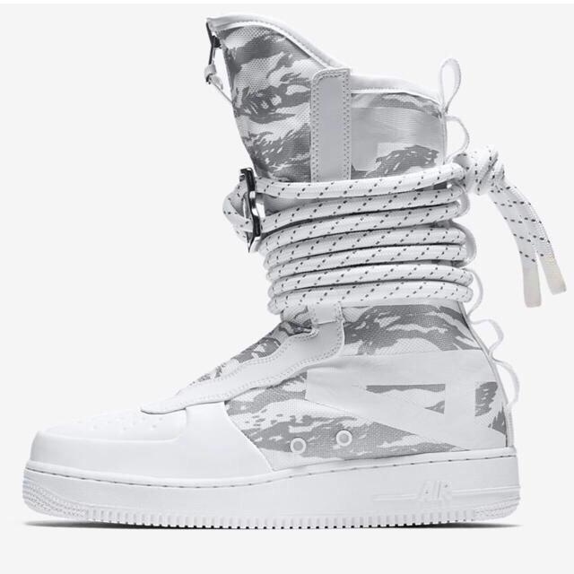 NIKE(ナイキ)の【全世界入手困難】NIKE SPECIAL FIELD AIR FORCE 1 メンズの靴/シューズ(スニーカー)の商品写真