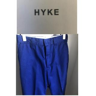 ハイク(HYKE)のHYKEワークテーパードパンツ 定価18000円(カジュアルパンツ)