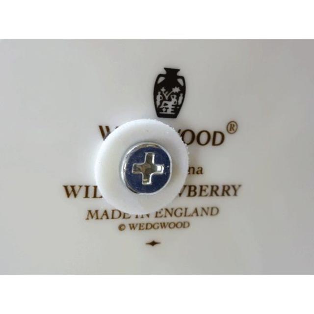 ウェッジウッド ワイルドストロベリー 3段ケーキスタンド インテリア/住まい/日用品のキッチン/食器(テーブル用品)の商品写真