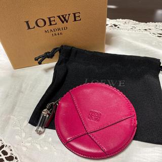 LOEWE - ロエベ LOEWE 円形 コインケース 小銭入れ クリスタル付 アナグラム柄