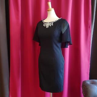 ジュエルズ(JEWELS)のJ17294 新品 S ドレス ワンピース Jewels ブラック ケープ風 (ミニドレス)