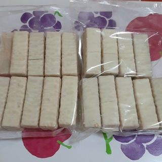 ホワイトチョコレートウエハースココナッツ2袋