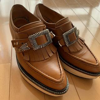 トーガ(TOGA)のTOGA PULLA ウッドソールド(ローファー/革靴)