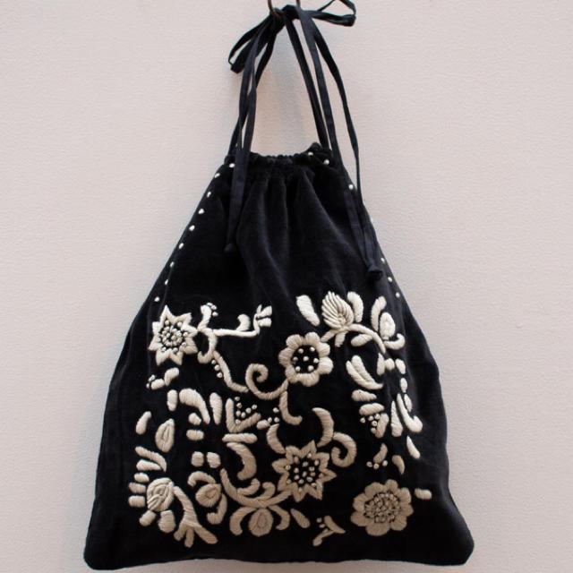 mina perhonen(ミナペルホネン)のカディアンドコー  新品未使用 レディースのバッグ(トートバッグ)の商品写真