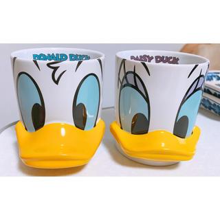 Disney - ドナルド デイジー ペアマグカップ