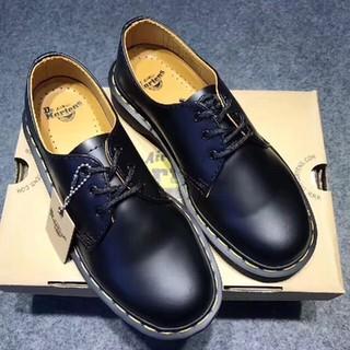 Dr.Martens - UK5Dr. Martens 3ホール 革靴 新品