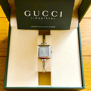Gucci - 【大特価!!】GUCCI グッチ スクエア腕時計 1900L 希少 グレー🎀