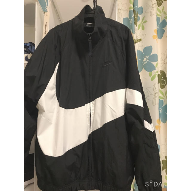 NIKE(ナイキ)のナイキNike Sportswear Men's Woven Jacket メンズのジャケット/アウター(ナイロンジャケット)の商品写真