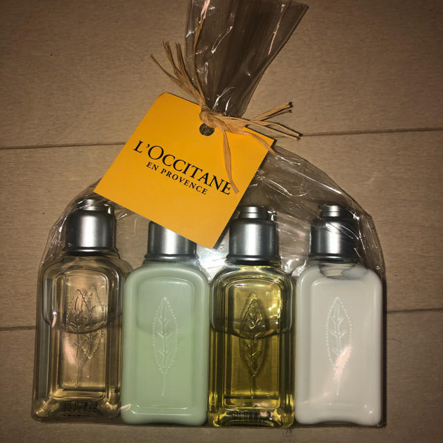 L'OCCITANE(ロクシタン)のL'OCCITANE アメニティセット コスメ/美容のヘアケア/スタイリング(シャンプー)の商品写真