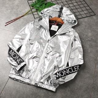 MONCLER - 新品人気のパーカーMoncler