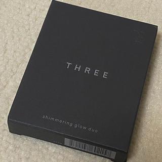 THREE - シマリンググローデュオ 01 スリー