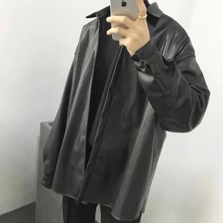 ZARA - 【新品未使用】薄手 ロング丈 デザインレザーシャツ