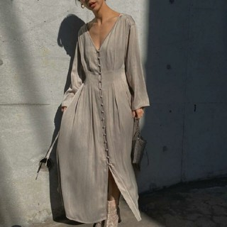 Ameri VINTAGE - アメリヴィンテージ TUCK SHAPE DRESS