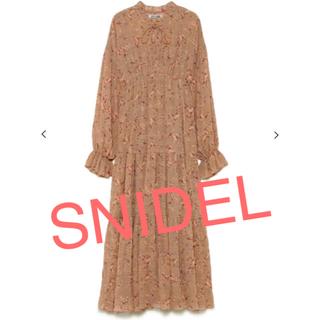 snidel - スナイデル 春 花柄 シフォン フリル スカート