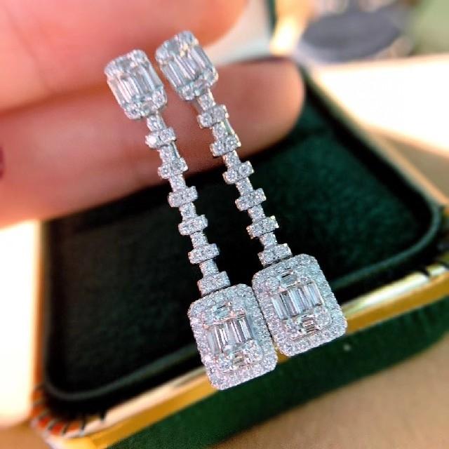 ダイヤモンドピアス1.2ct k18 レディースのアクセサリー(ピアス)の商品写真