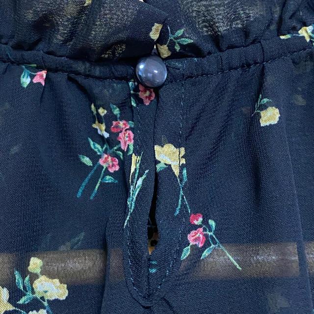 WEGO(ウィゴー)の値下げ!WEGO シースルー花柄ブラウス レディースのトップス(シャツ/ブラウス(長袖/七分))の商品写真