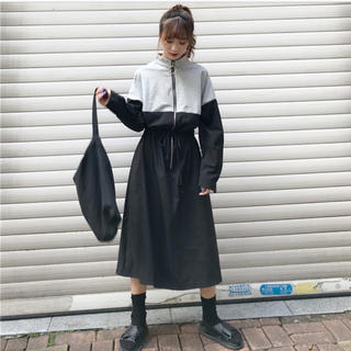 dholic - 韓国♡バイカラージップワンピース
