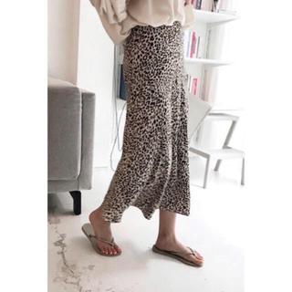 レオパードタイトスカートとろみ素材シフォンスカートひょう柄新品タグ付き