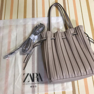 ZARA - ZARAザラ 大人気プリーツ加工入りミニバケットバッグ