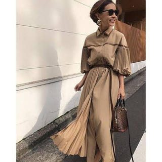 Ameri VINTAGE - PLEATS BELT LAYERED DRESS