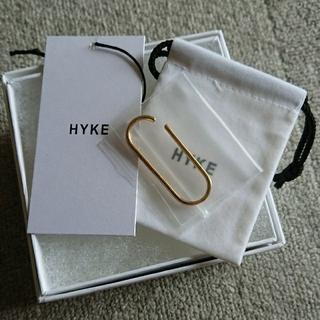 ハイク(HYKE)の完売、貴重!!《新品》 HYKE ハイク EAR CUFF/BIG,GOLD(イヤーカフ)