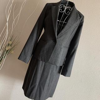 ナチュラルビューティーベーシック スーツ