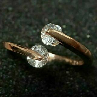 SWAROVSKI - f06🌸ピアニー🌸0.25㌌ ダイヤモンドキュービックジルコニア リング