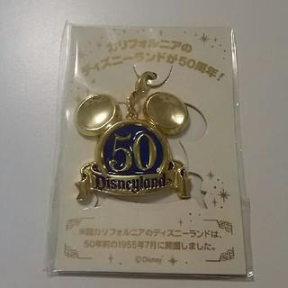 ディズニー(Disney)の【新品】TDL カリフォルニアディズニーランド50周年 ファスナーチャ(キャラクターグッズ)